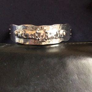 Western metal horseshoe bracelet